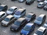 Miejsca postojowe na parkingu przy ul.Kobyłeckiego